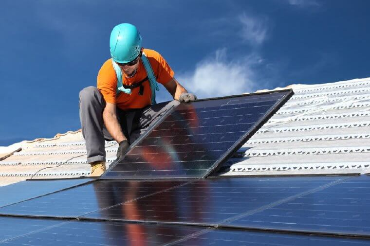 Field service software for the solar industry